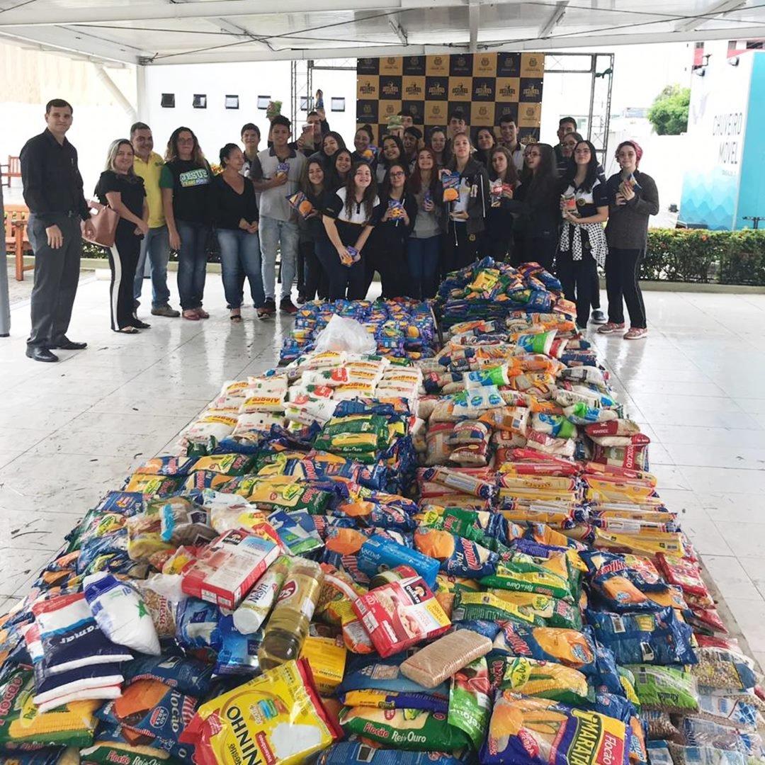 Eagles Games comemoram mais de 2 toneladas de alimentos arrecadados